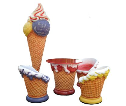 Ice_Cream_Set_Chair_Table_Cone