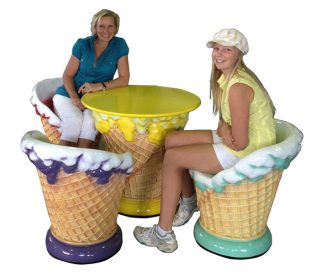 ce_Cream_Set_Chair_Table_With_Girl