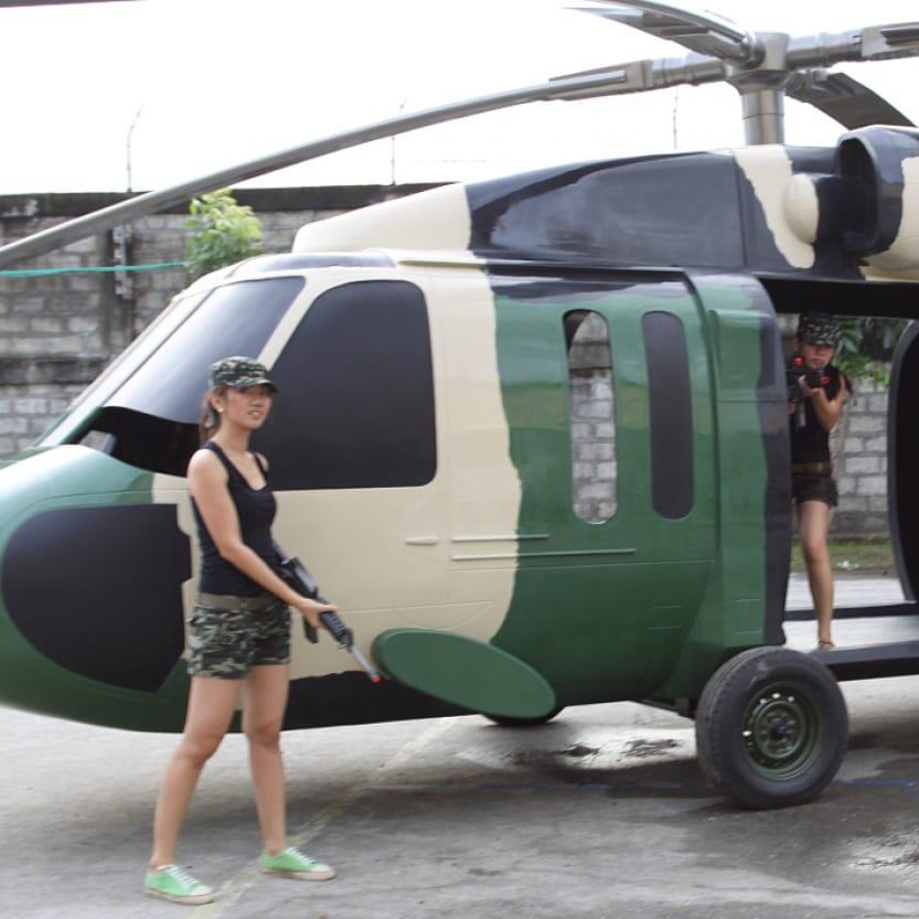 Black Hawk Helicoptor with girls