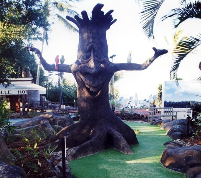 Daydream Island Mini Golf Character Tree