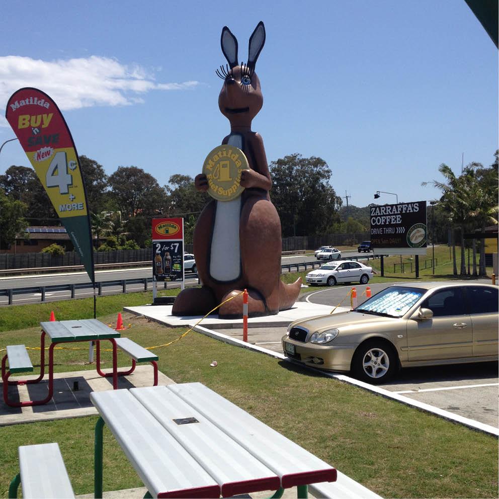 Giant Matilda the Kangaroo installed at Matilda Petrol station