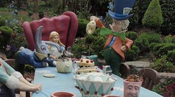 Hunter Valley Gardens Alice at the tea Party Copy