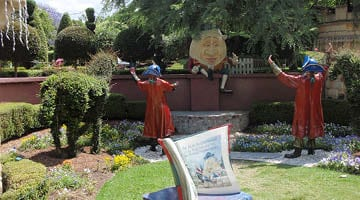 Hunter Valley Gardens Humpty Dumpty and his Kings men Copy