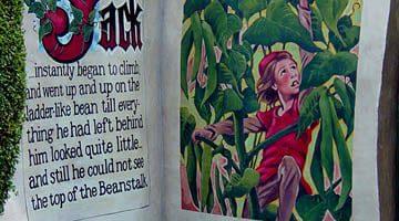 Hunter Valley Gardens Jack the Bean Stalk Story Book