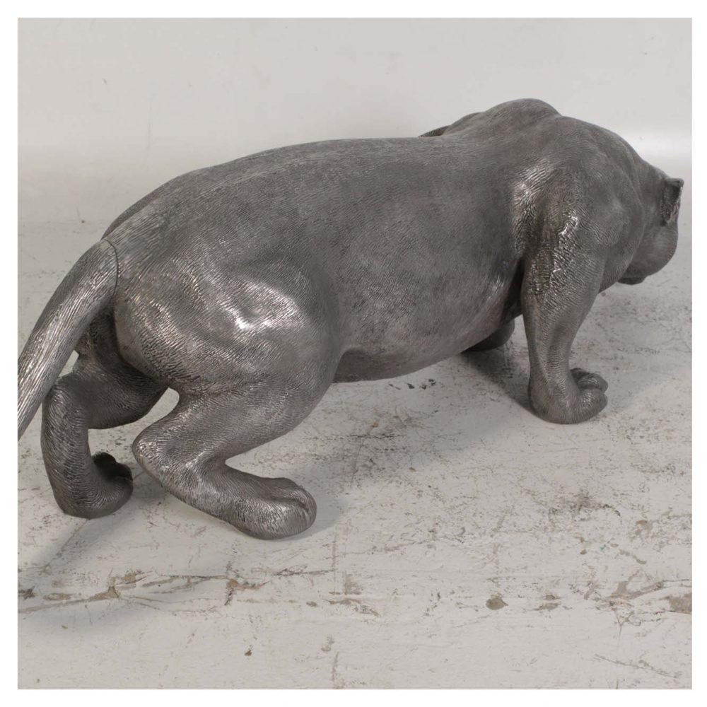 Jaguar statue with an aluminium finish
