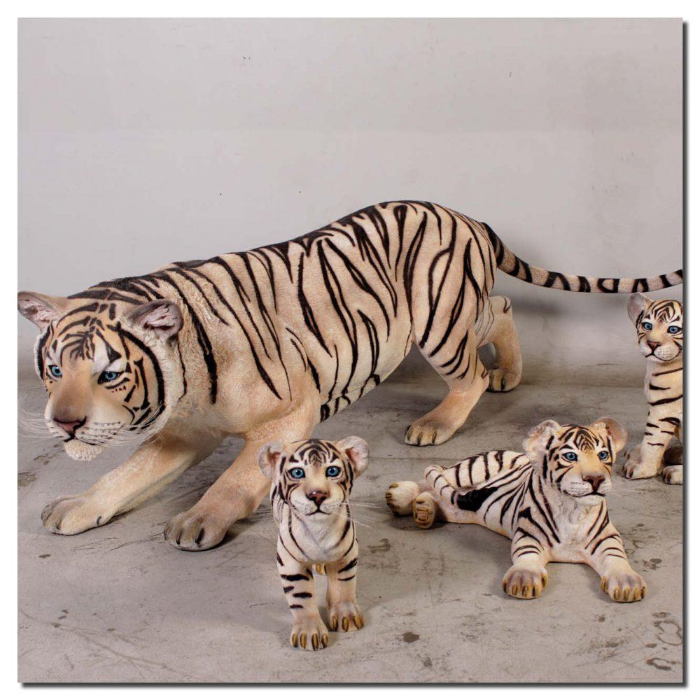 Siberian tiger crouching Sculpture- Museum standard