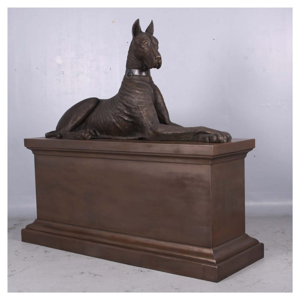 Mammals Domestic Pets Great Dane on Plinth Product Image V px px