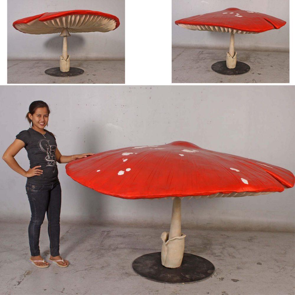 Fantasy themed Props - Giant Mushroom - 1m high - ideal fairy garden décor