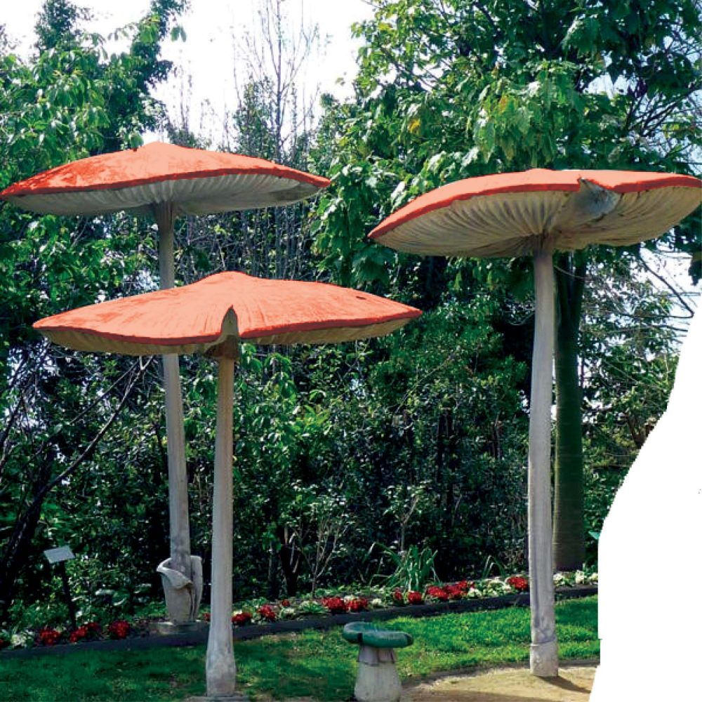 Fantasy themed mushroom prop 2m high with beautiful fine details and vibrant colours.