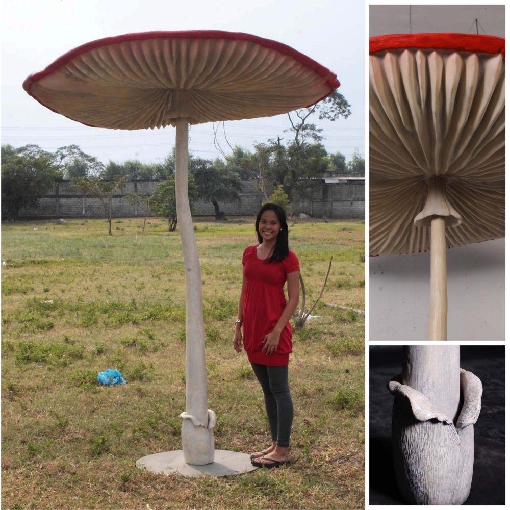 Mushroom Umbrella - Giant - 2m high - 100107_ mushroom with lady