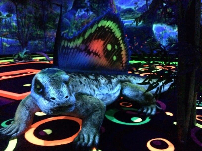 dinosaur mini-golf