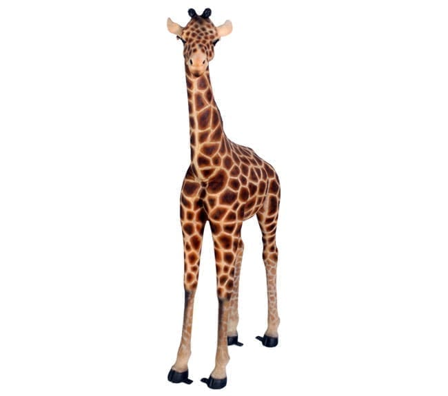 small giraffe statue
