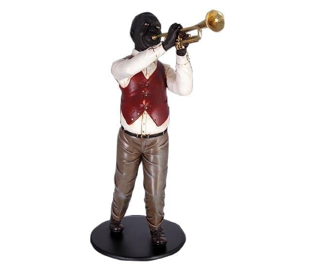 statue Trumptet Player