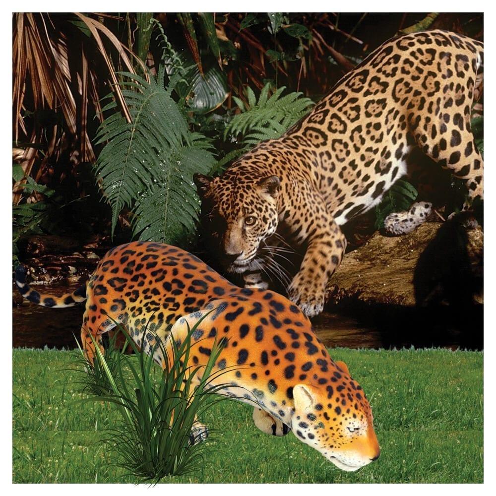 Jaguar_Crouching_statue