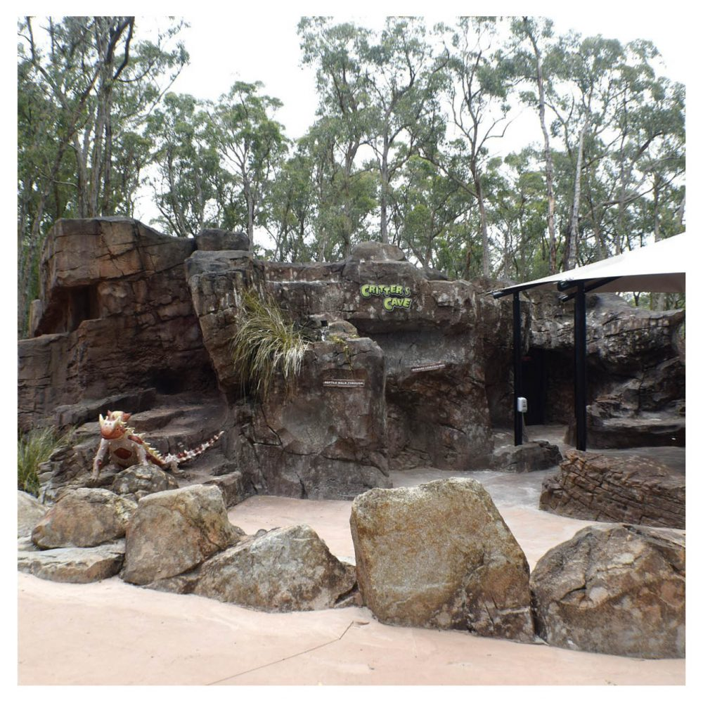 Artificial Rocks Caves Gumbuya Critters Cave Product Gallery  px px