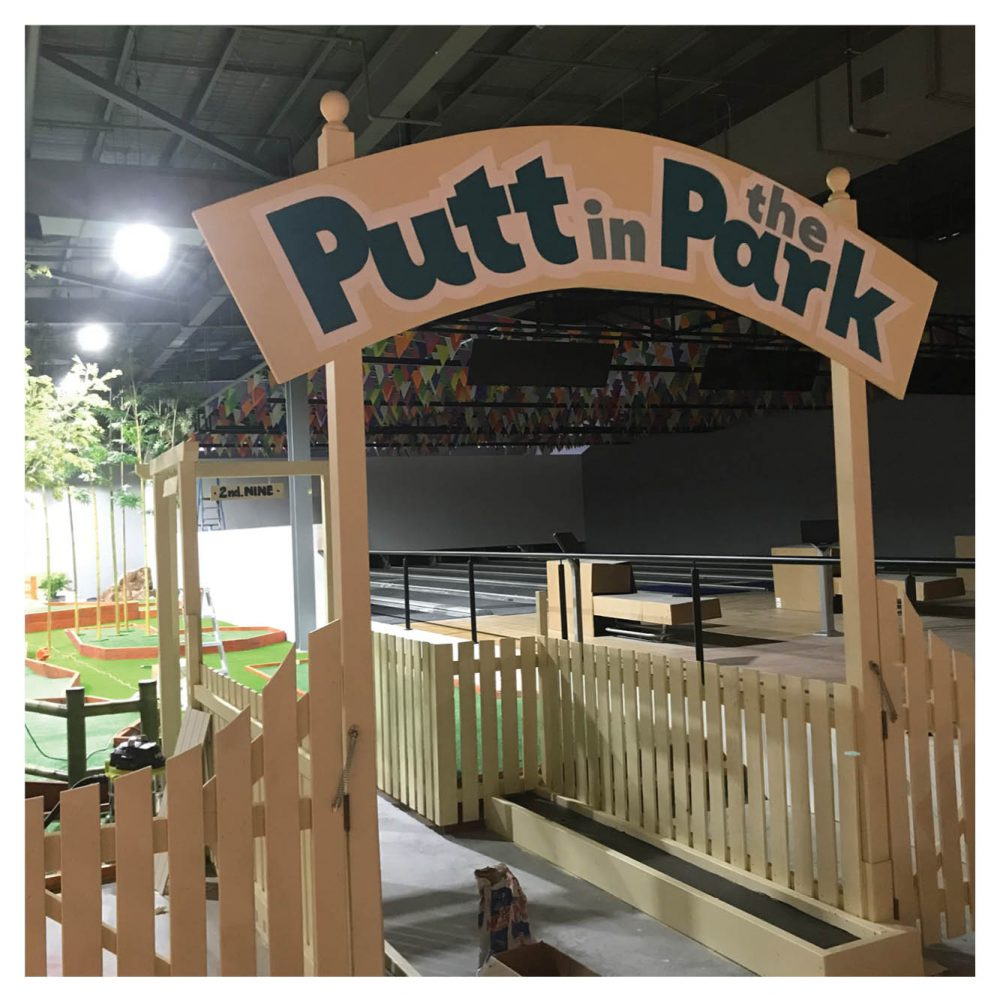 Mini Golf Theming Putt in the Park Coomera Westfield Shopping Centre Chimp on log Product Gallery  px px