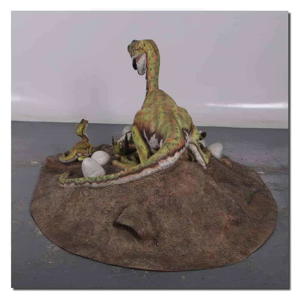 Oviraptor Dinosaur on Nest photo