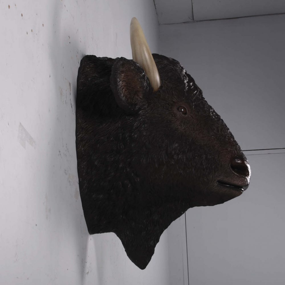 Life-Size Bison Head - Wall Décor statue