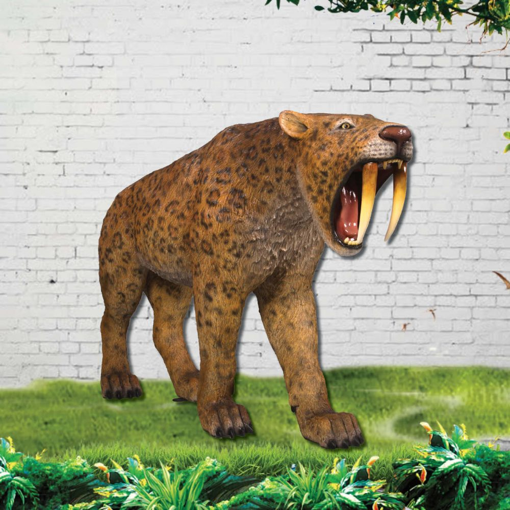 Smilodon- Sabre Tooth Tiger statue
