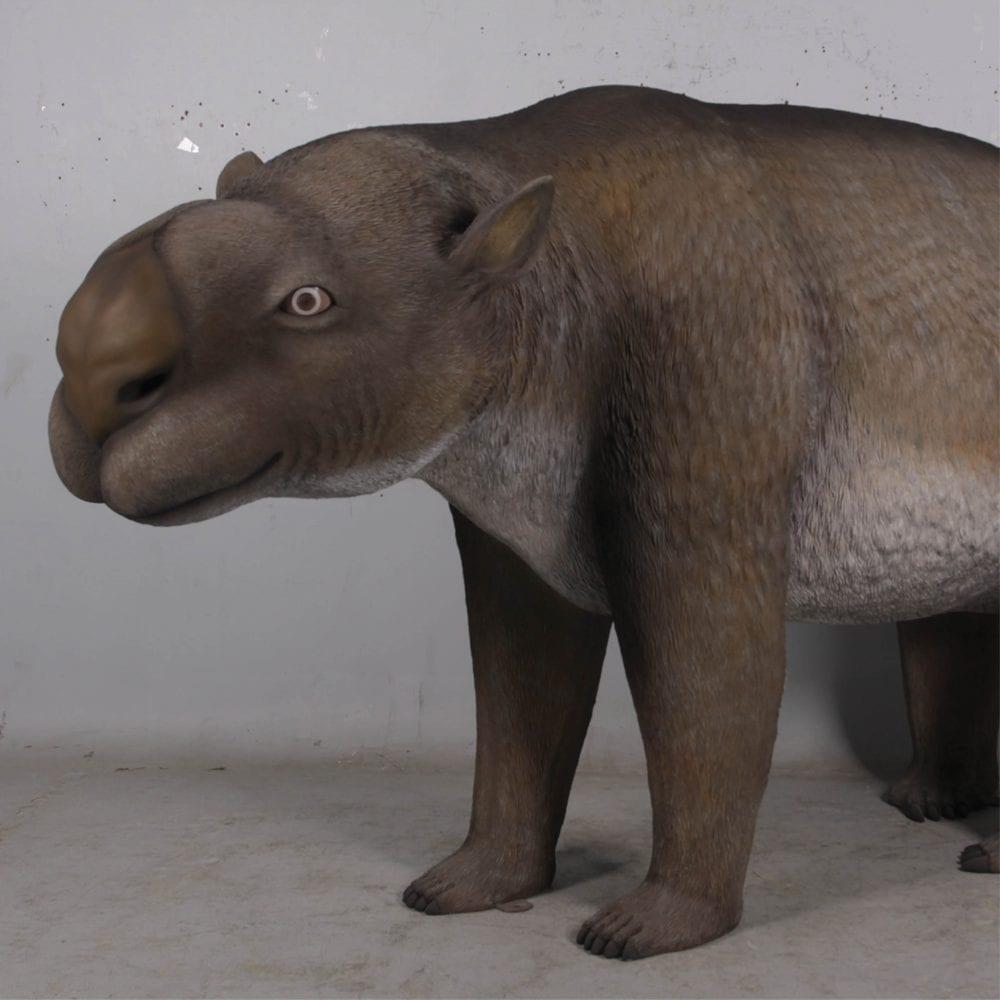 Diprotodon Optatum sculpture - front angle view