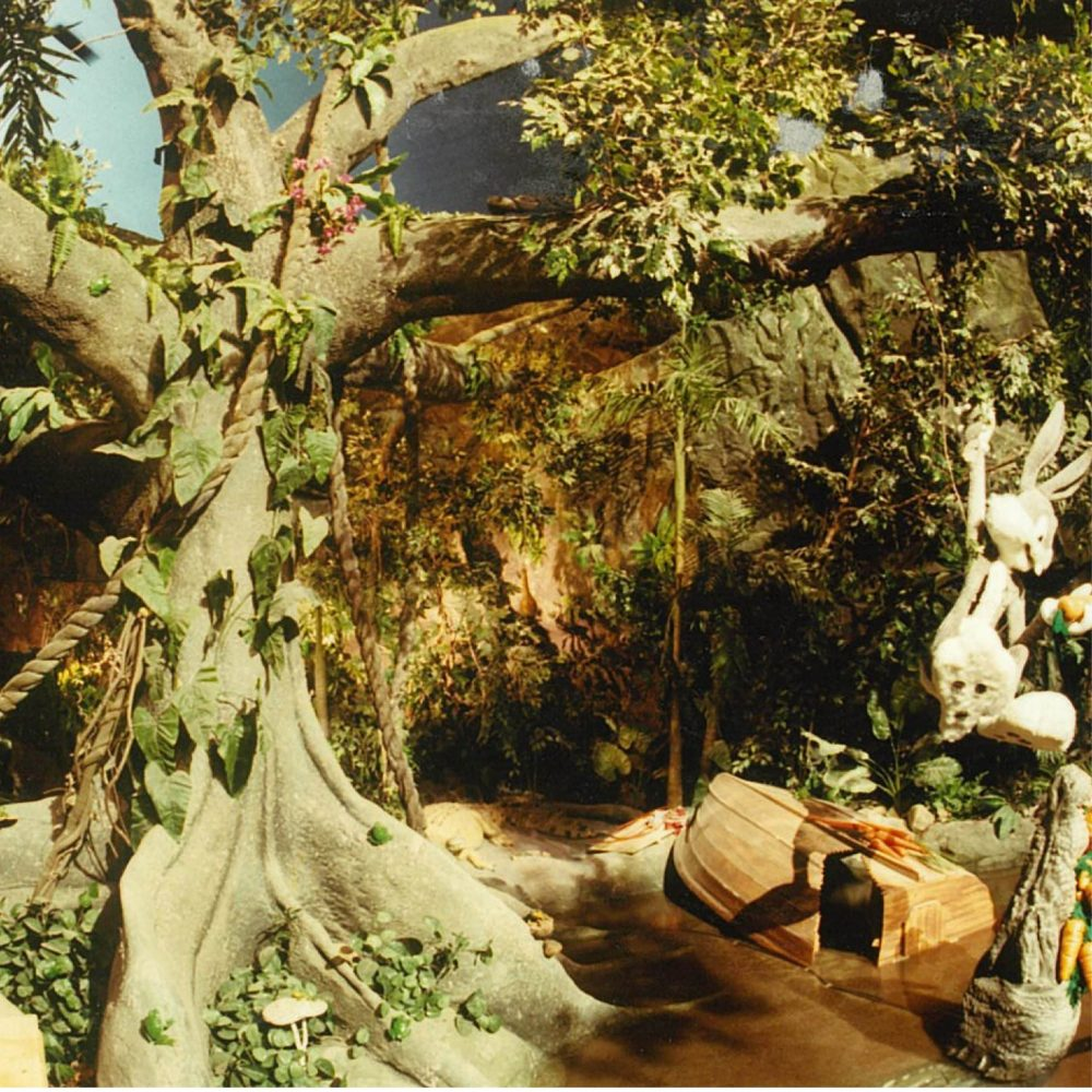 Movie World Looney Tunes Boat Ride Cave with trees and Bugs Bunny scaled