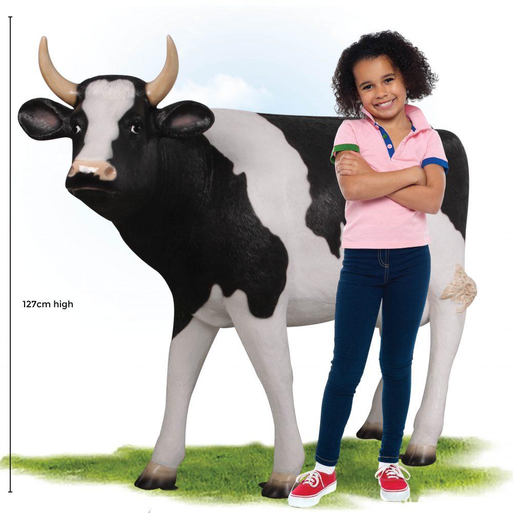 Cow Standing - Friesian - 127cm high