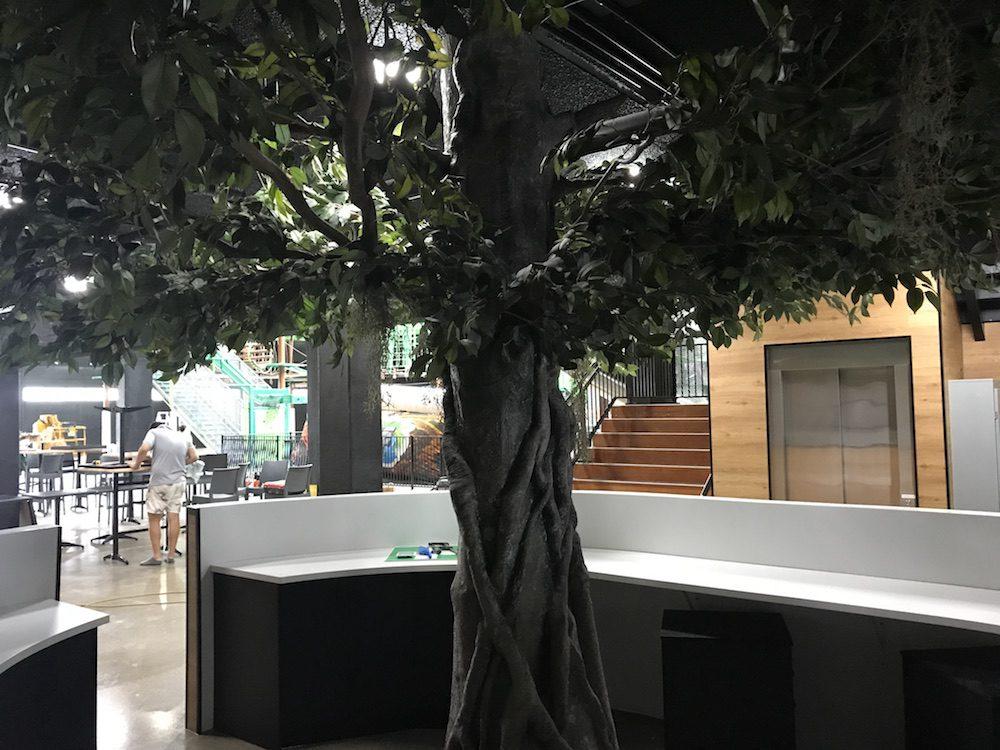 Reception - Custom Tree