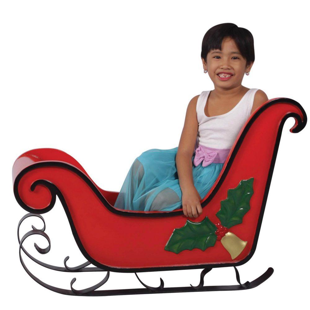 Christmas sleigh with mistletoe