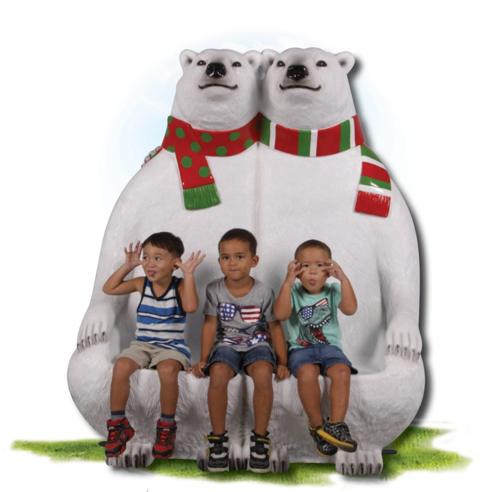 Christmas_Polar Bears Bench with scarf_with children
